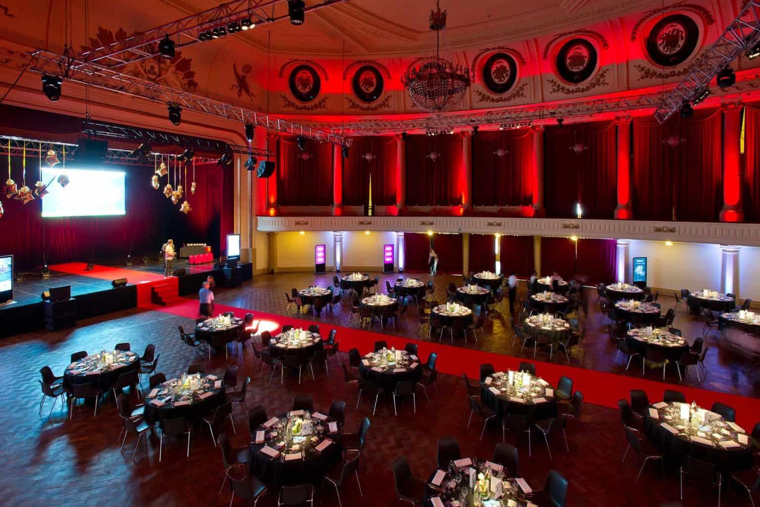 Les étoiles de cristal au Casino de Spa aménagé par So Event pour Cecoforma