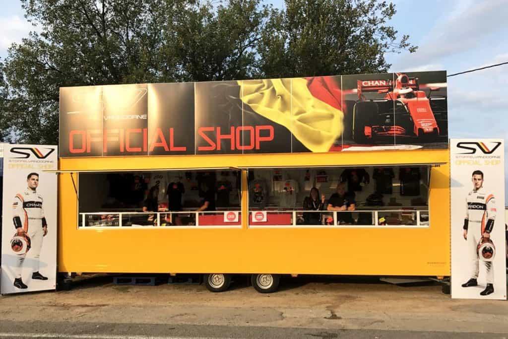 Shop pour Stoffel Vandoorne lors de la F1. Shop mis à disposition et organisé par So Event